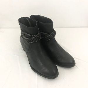 Matisse Black Leather Bullet Belt Boots, Size 8.5